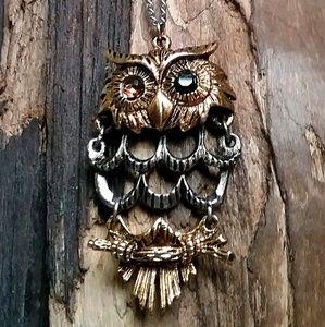Vintage owl pendant necklace- gold & silver tone